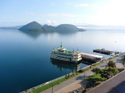 洞爺湖と遊覧船