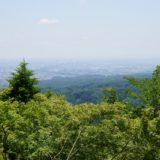 高尾山から東京を望む
